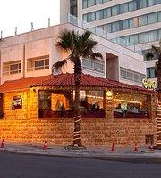 Shai W Na3 Na3 Restaurant