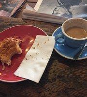 Tomboy cafe