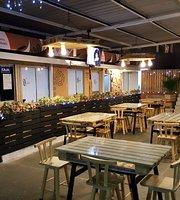 DGusten Restaurant