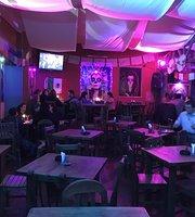 Pueblo Viejo - pub restaurante