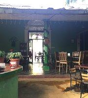 Sacuanjoche Bar y Restaurante
