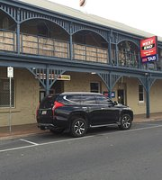 Tailem Bend Hotel And Restaurant