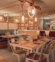 Caradura Restaurant