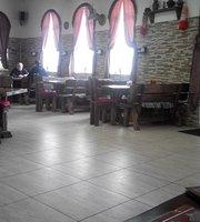 Golodny Enot Tavern