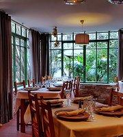 Le Mas de la Frigoulette Restaurant
