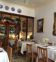 Casa Luisa Bistro & Wines
