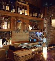 Pino Wine Bar