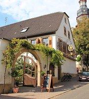 Weinschanke Henninger Im Alten Pfarrhof