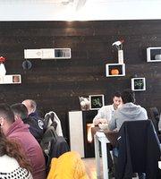 La Pulce bar salumeria con cucina