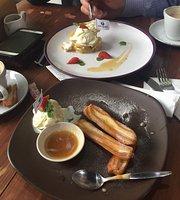 Opique Cafe