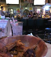 Gators wing shack
