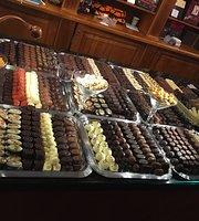 AJ Chocolate - Chocolate Restuarant