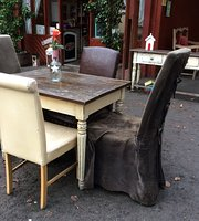 Donadea Forest Cafe