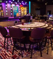 ‪Elements Entertainment Lounge‬