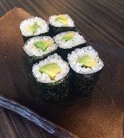Maido Sushi Cafe