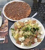 Zaatar w Zeit, Souq Waqif