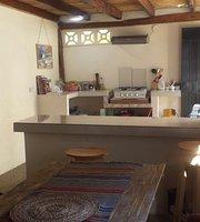 La Jungla Hostal Y Restaurante