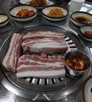 Myeongri Dongsik Dang