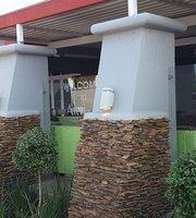 The Artizen Restaurent & Lounge