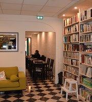 Les Fees Cafe