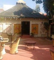 Odhani Restaurant & Cafe