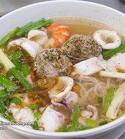 Hu Tieu Muc Ong Gia Cali Restaurant