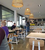 Sticky Fingers Cafe & Delicatessen