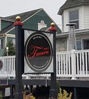 Amici Tavern