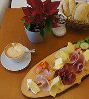 Cafe Cutie