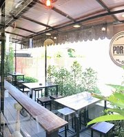 Por Pun Art Cafe + Bar