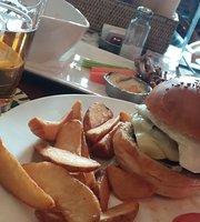 The Wolfhound Irish Pub & Restaurant