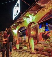 Jamaica Bajo Cero - Reggae Club