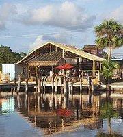 Da Bayou Bar & Grill