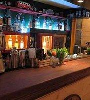 Σπιρτόκουτο Cocktail Bar