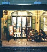 Tha Tian Art Cafe