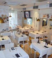 Cafe Mies