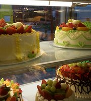 Golden Gate Cake Shop