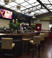 El Viajero Gastro Pub