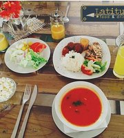 Latitude Food & Drinks