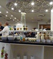 Restaurant Hotel NH-Santiago