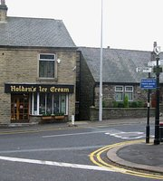 Holden's & Co. Ice Cream & Village Store, Edgworth