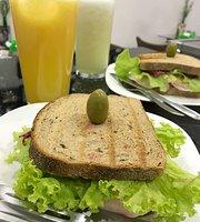 Uluwatu Cafe E Comida Saudavel