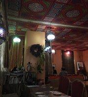 Arabian Restaurant Tsuki no Sabaku