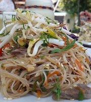 5 Sabores Thai Food