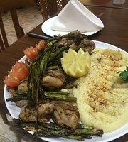 Yummy Yalla Restaurant