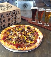 High Pie Pizzeria & Taproom