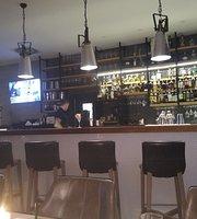 Baroza Restaurant & Bistro