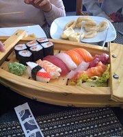Sushi Sun Cafe'