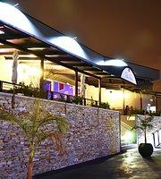 Pedro Portia Cigar & Champagne Lounge