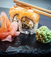 Pro-eat sushi bar